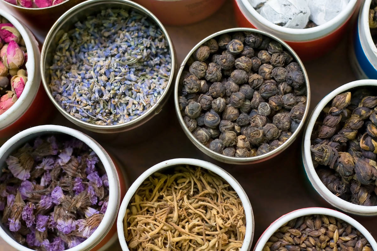 Chiese herbal treatment - Traditional Chinese Medicine And Chinese Herbs Originated In Ancient China And Has Evolved Over Thousands Of Years In China People Use Herbal Medicines To
