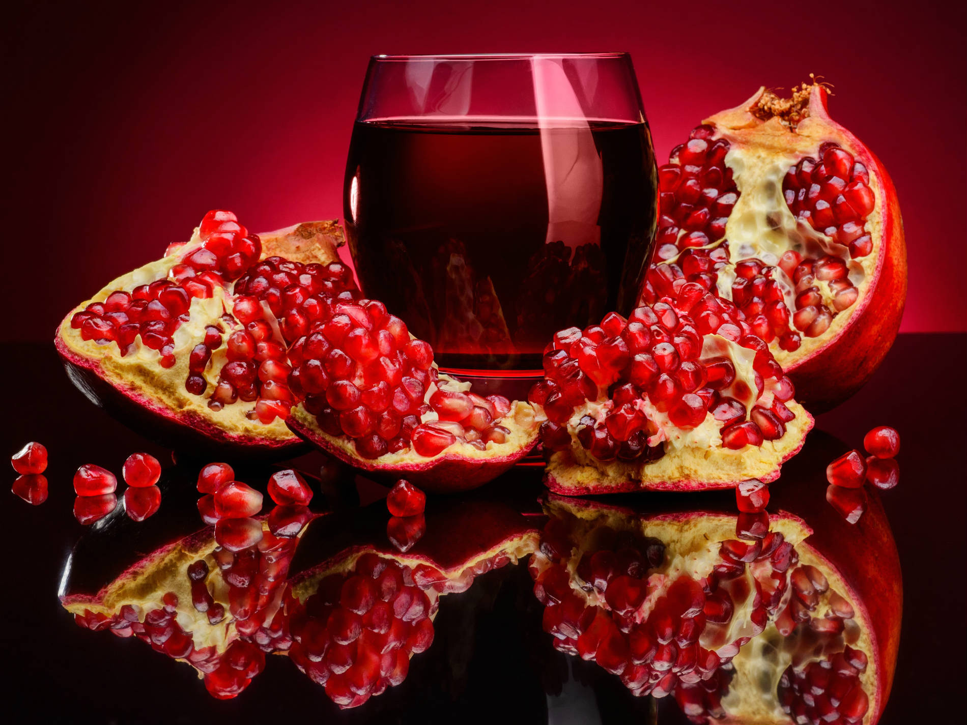 how to cut a pomegranate gif